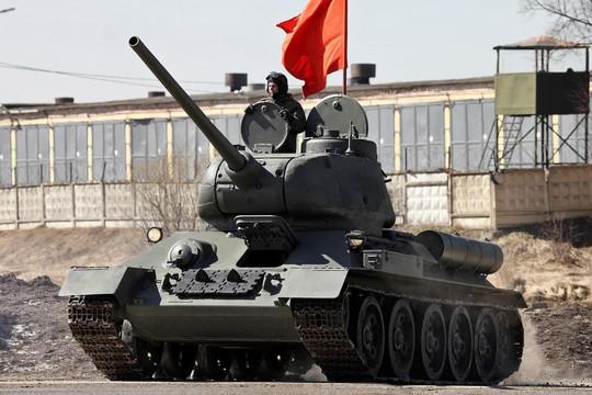 Dàn khí tài uy lực của Nga chuẩn bị tham gia lễ duyệt binh tại Quảng trường Đỏ