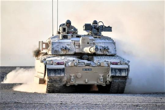 """Không từ bỏ """"quả đấm thép"""", Quân đội Anh đặt hàng xe tăng Challenger 3"""
