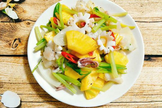 Món ngon mỗi ngày: Mực xào dứa