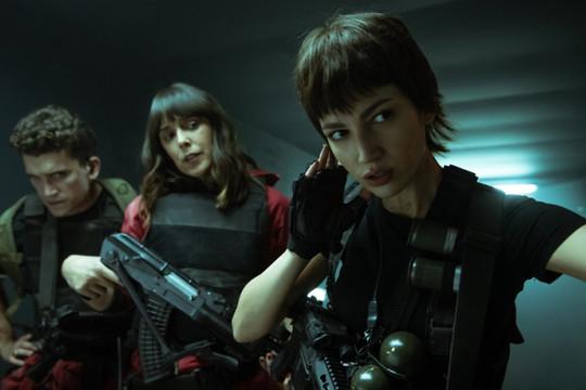 """""""Money Heist"""" tung loạt ảnh mùa 5 kịch tính, hé lộ số phận của băng cướp thế kỷ"""