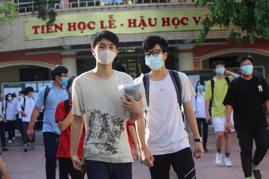 Đề thi Hóa vào lớp 10 Chuyên tại Hà Nội: Nhiều thí sinh tiếc vì không tập trung