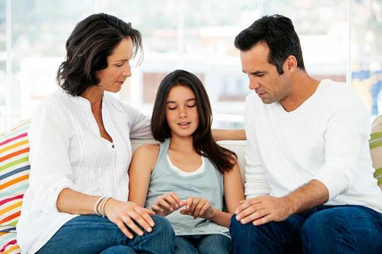 Làm thế nào để nói với con cái về việc ly hôn