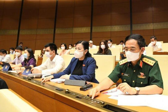 Quốc hội đặt mục tiêu miễn dịch cộng đồng vào cuối năm 2021, đầu 2022