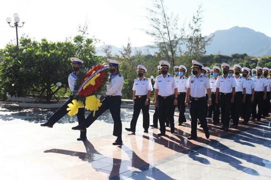 Tri ân những liệt sĩ hy sinh vì chủ quyền biển, đảo, thềm lục địa của Tổ quốc