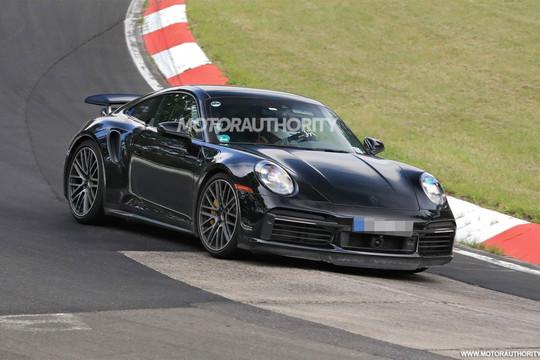 Porsche thử nghiệm 911 Turbo S E-Hybrid tại Nurburgring